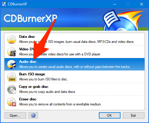 the main CDBurnerXP interface