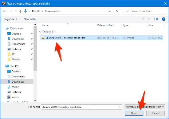seleccionando una ISO de Ubuntu en el disco de inicio de VirtualBox