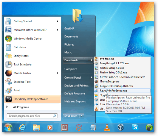 How To Display Downloads Link in the Windows 7 Start Menu